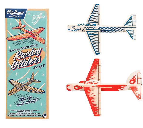 avions en bois